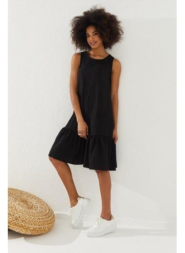 Reyon REYON Kadın Eteği Fırfırlı Sıfır Kol Elbise Siyah Siyah